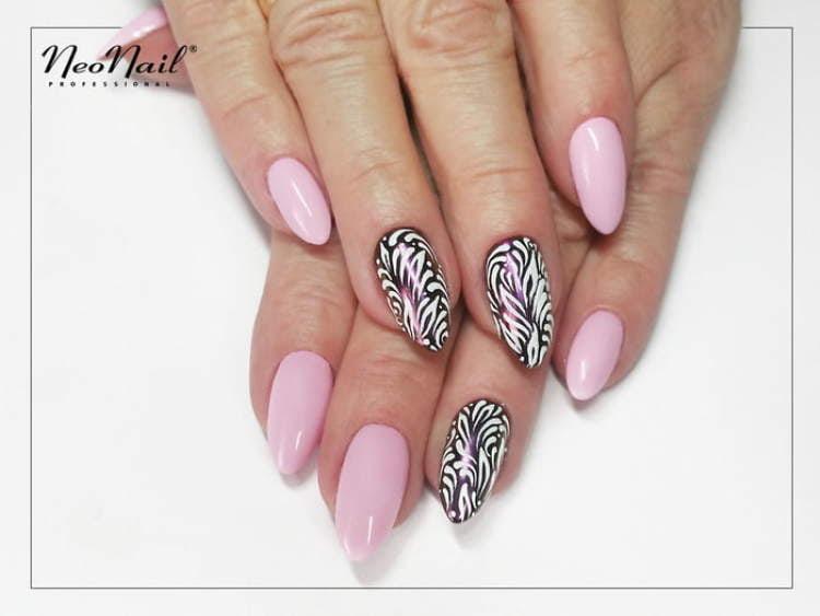 stylizacja lakierem hybrydowym Pink Pudding
