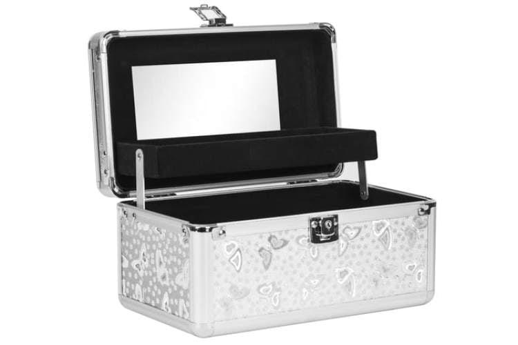 Srebrny kuferek do przechowywania lakierów do paznokci.