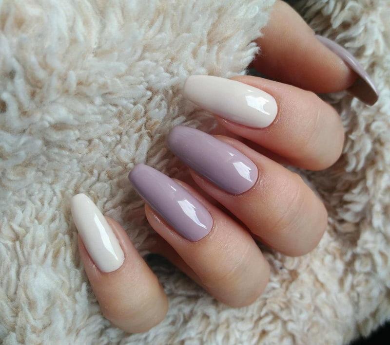 Delikatne jesienne paznokcie