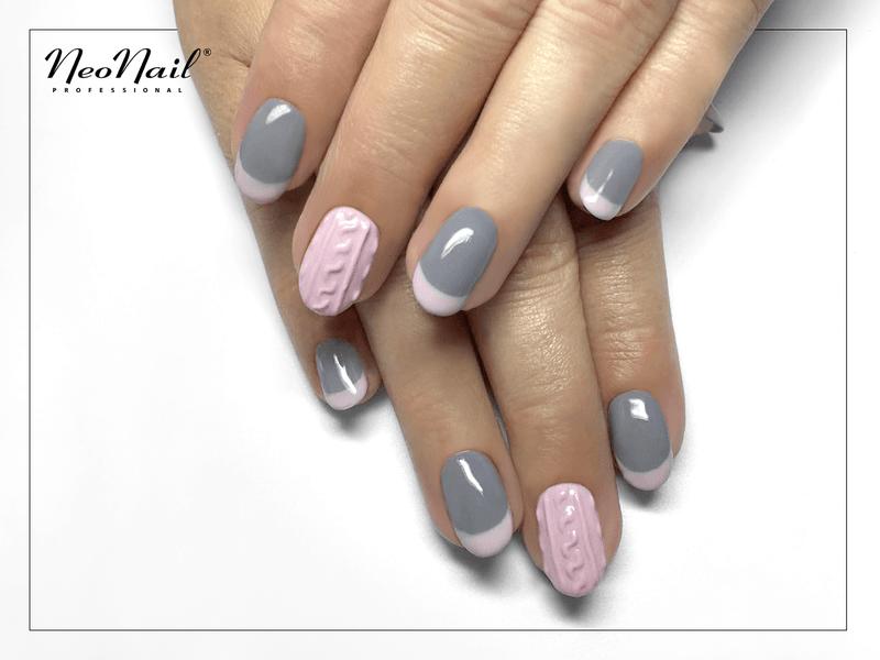 Nietypowy french manicure
