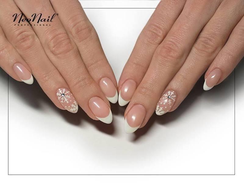 Klasyczny french manicure