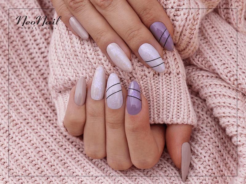 Monochromatyczny manicure