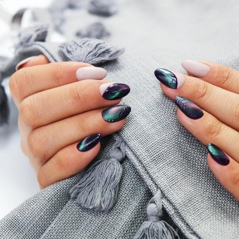 Hipnotyzujący manicure