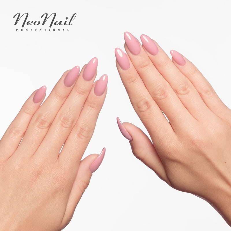 One Colour Manicure