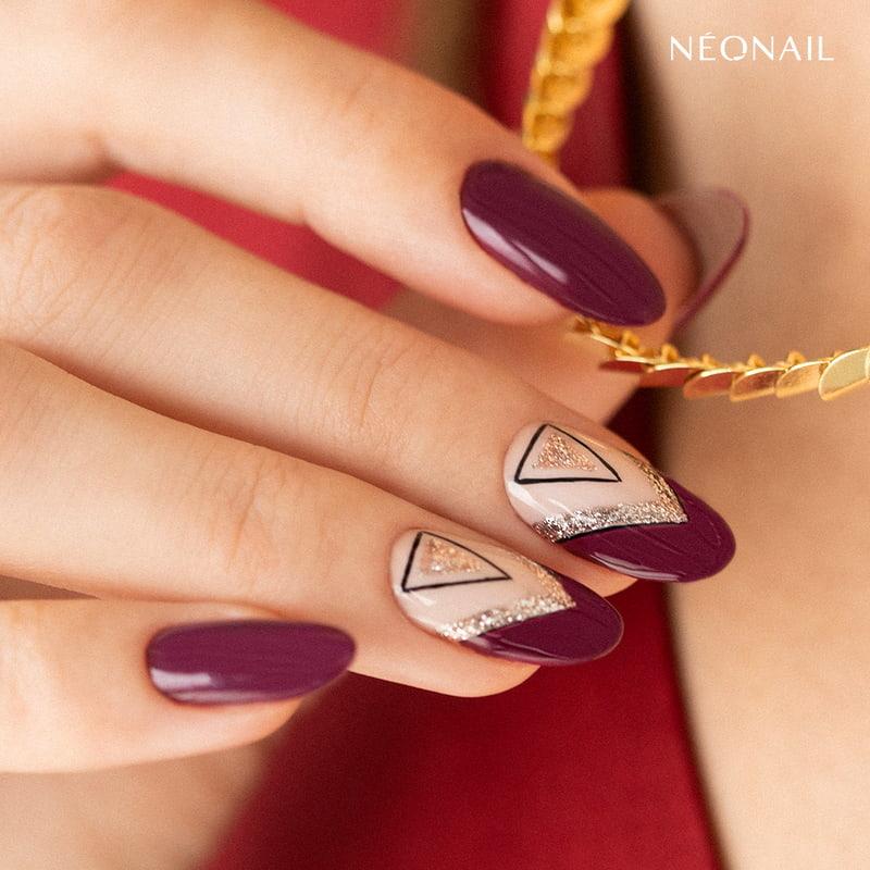 Sparkling triangle