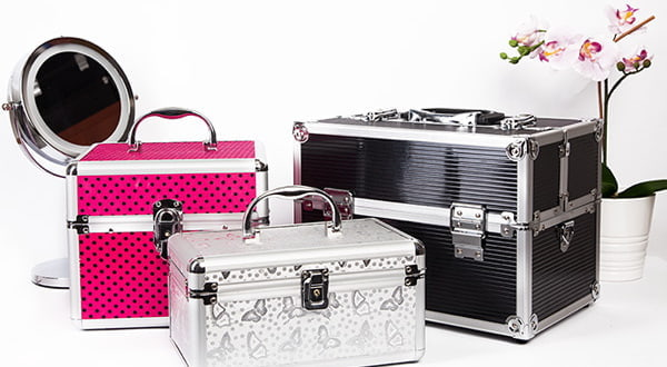 Jaki kuferek kosmetyczny wybrać? Poradnik