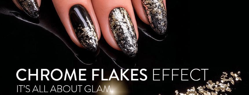 Karnawałowy manicure z płatkami Chrome Flakes