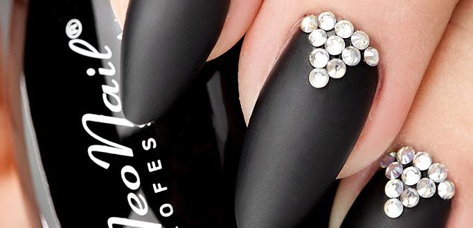 Czas na MAT-czyli nowy trend w malowaniu paznokci.