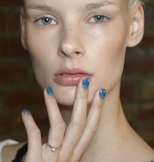 Przygotuj się do wiosny...czyli trendy w manicure, wiosna 2014