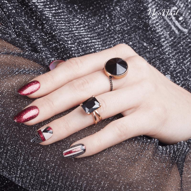 Manicure to sztuka malowana najlepszymi hybrydami – Miss Diva