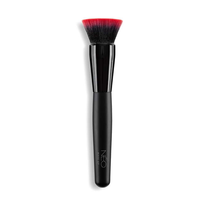 02 Pędzel do podkładu Flat Top - Foundation Brush Flat Top 02